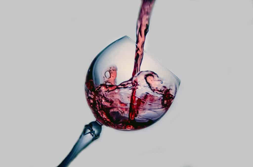 ejemplos de mezclas homogeneas vino